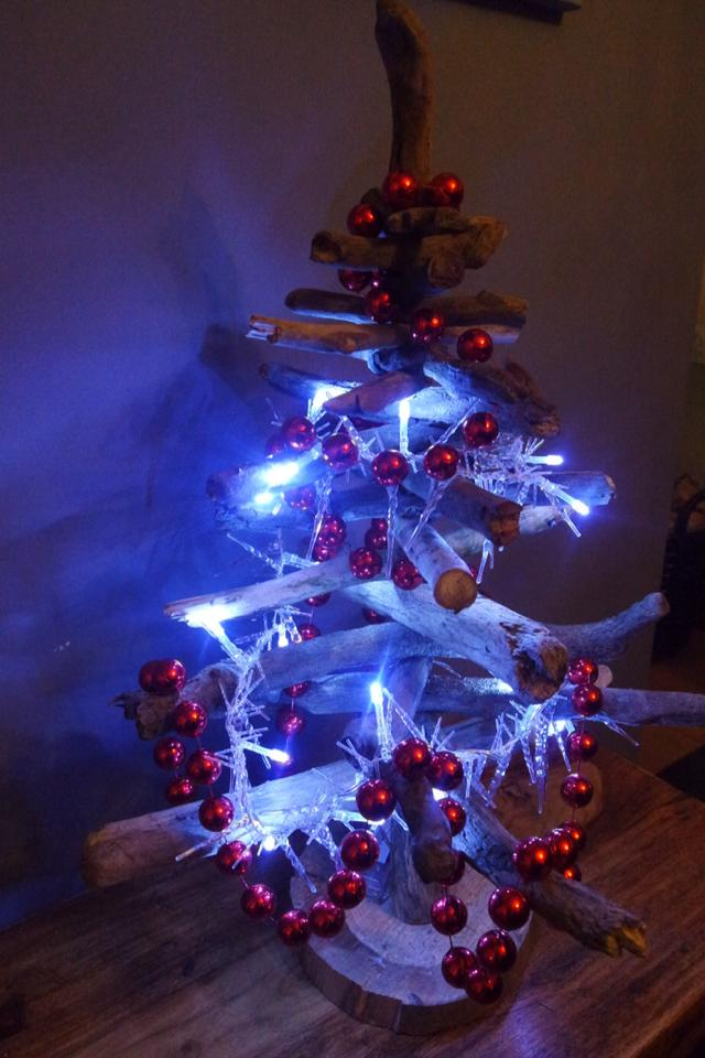 Driftwood Christmas Tree 6