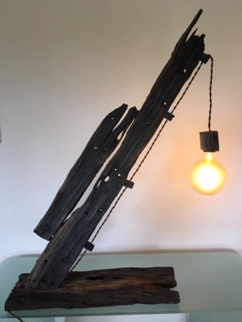 shipwreck table lamp